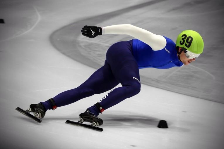 """ולדי ביקנוב מקריית שמונה אלוף אירופה בהחלקה:  """"שמתי לעצמי מטרה  להיות אלוף אירופה"""""""