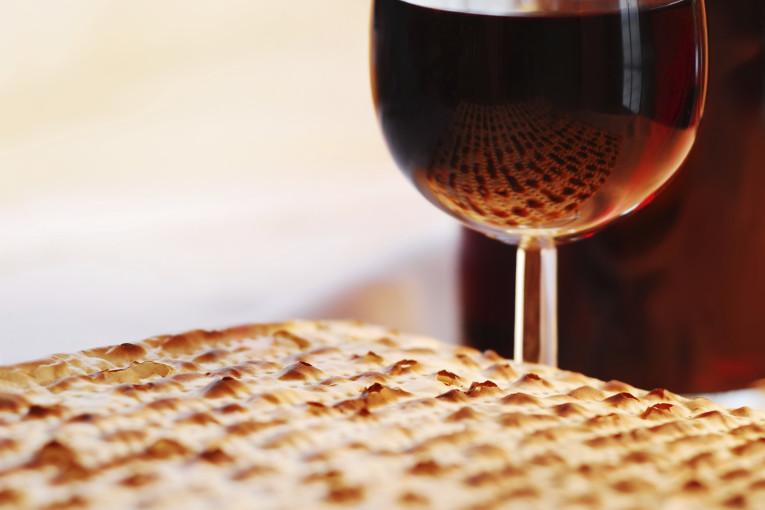 לפני שאוכלים לחם עוני