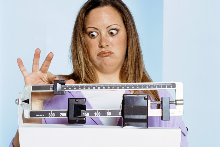 מחקרים אחרונים מהו הגורם העיקרי להשמנת נשים?!