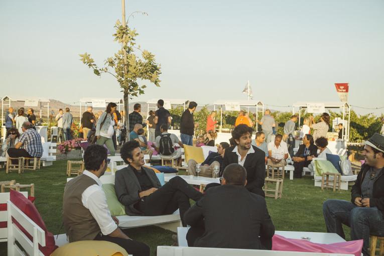 פסטיבל בשביל היין: אירוע הנעילה בגולן הופך למסורת  * כ-1000 איש לקחו חלק ביריד ומסיבת היין ביקב אורטל
