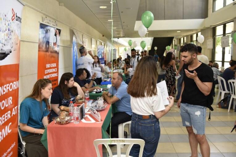 הצלחה ליריד התעסוקה האזורי שנערך השבוע באקדמית תל-חי