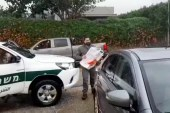 לא עוצרים בקורונה: שוטר מגב הפתיע את ילד שחגג יום הולדת
