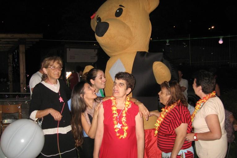 מסיבה לפתיחת הקיץ בהוסטל