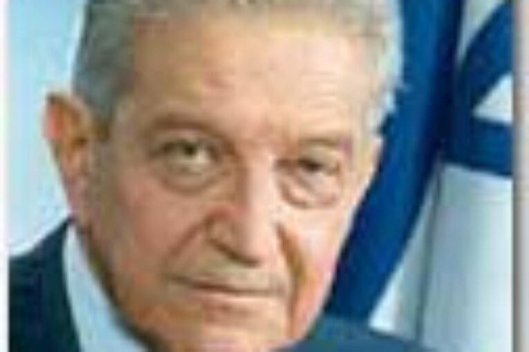 """""""אדוני הנשיא""""  עזר וויצמן במתנ""""ס ארתור פוקס"""